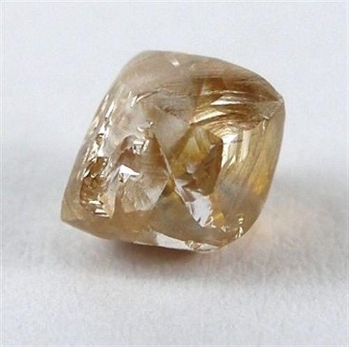 Los diamantes señalan el inicio del choque entre continentes