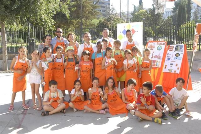 El colegio Luis Rosales gana la primera liga escolar de reciclaje de aceite de Granada