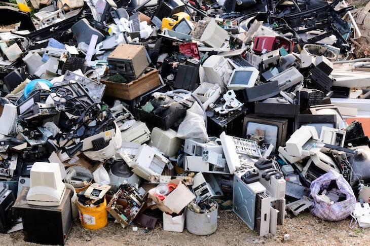 León combate la 'basura electrónica'