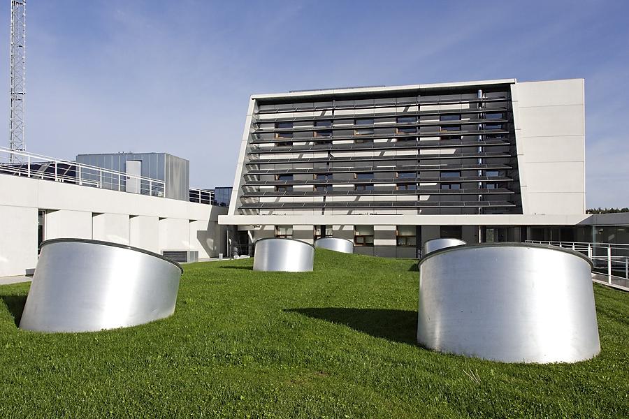 Irena y CENER 'juntos' con las energías renovables