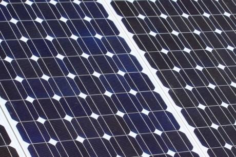 Más de las tres cuartas partes de los nuevos sistemas fotovoltaicos instalados en 2009 se emplazaron en la UE