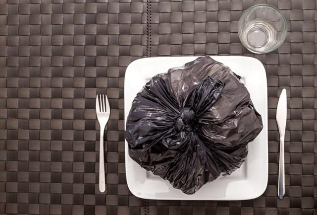 ¿Por qué compramos basura para comer?
