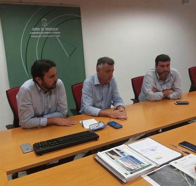 Andalucía propone mejorar el trazado para contrarrestar el movimiento de la duna de Valdevaqueros
