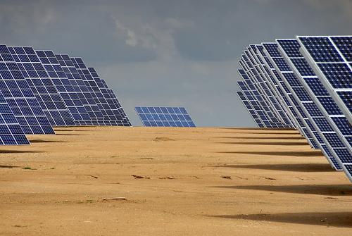 Ávila dice que la nueva norma de fotovoltaica