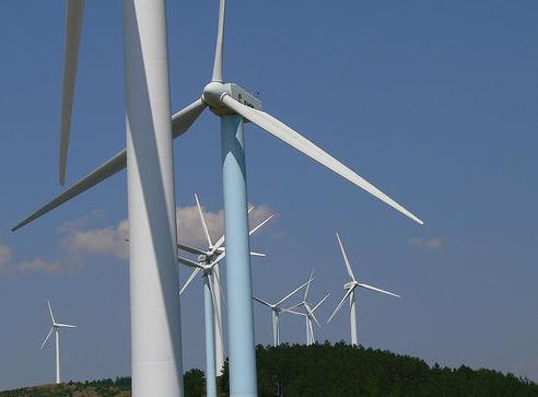 Iberdrola inicia la construcción de su primer parque eólico en Asturias