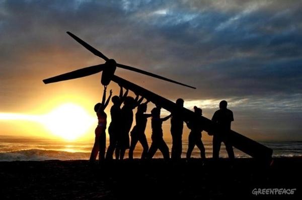 Un sistema energético 100% renovable en 2050 costaría un 91% menos que perpetuar el actual