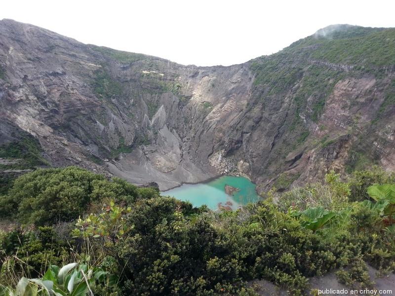 Costa Rica: Reaparece el lago verde del Irazú