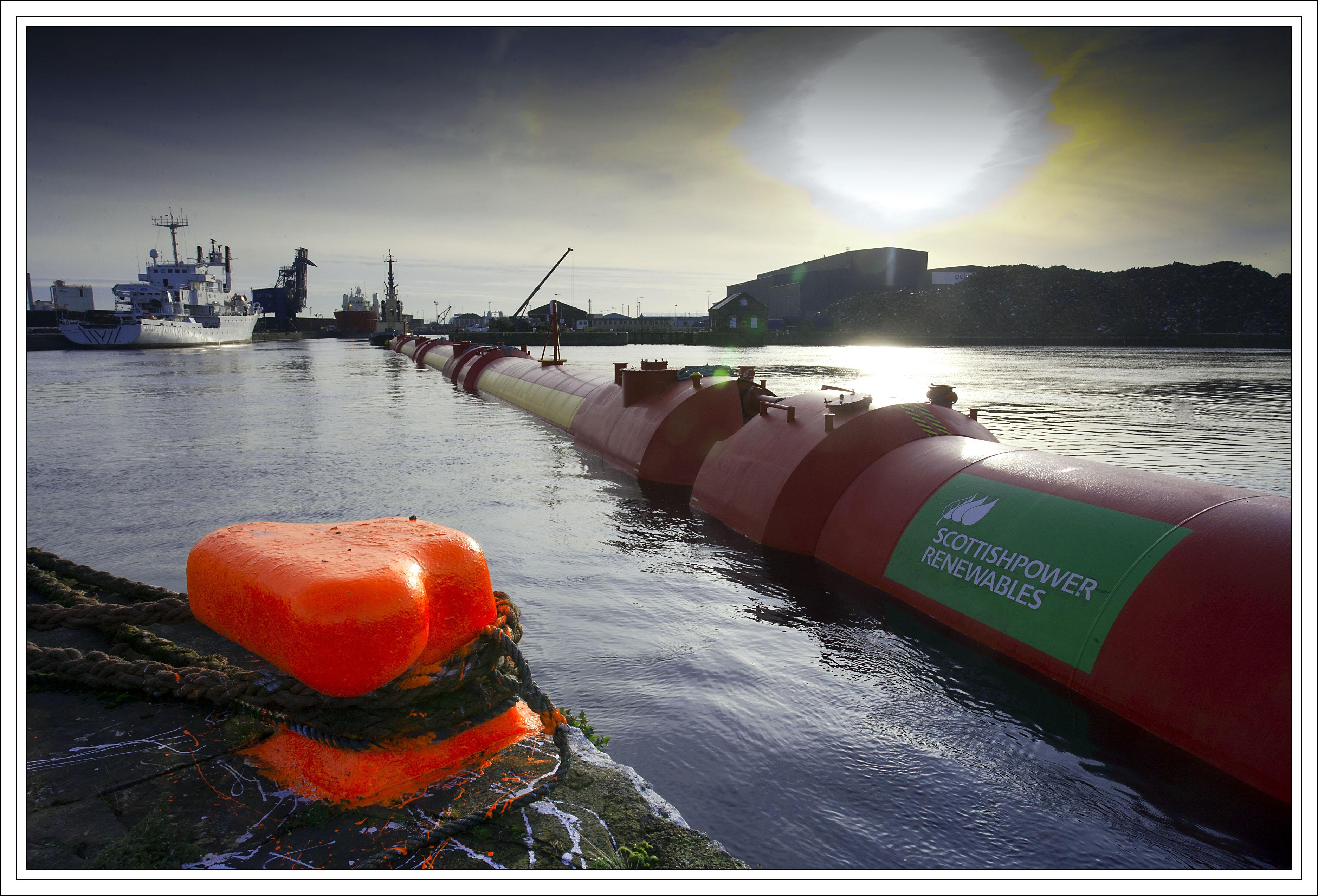 Iberdrola lanza el proyecto Pelamis P2 de energía de las olas en Escocia