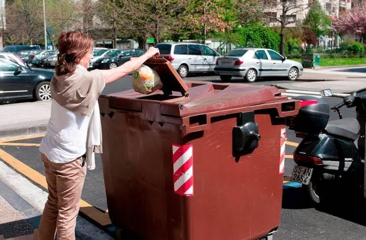 Sant Boi de Llobregat lanza una campaña para mejorar la recogida de residuos orgánicos