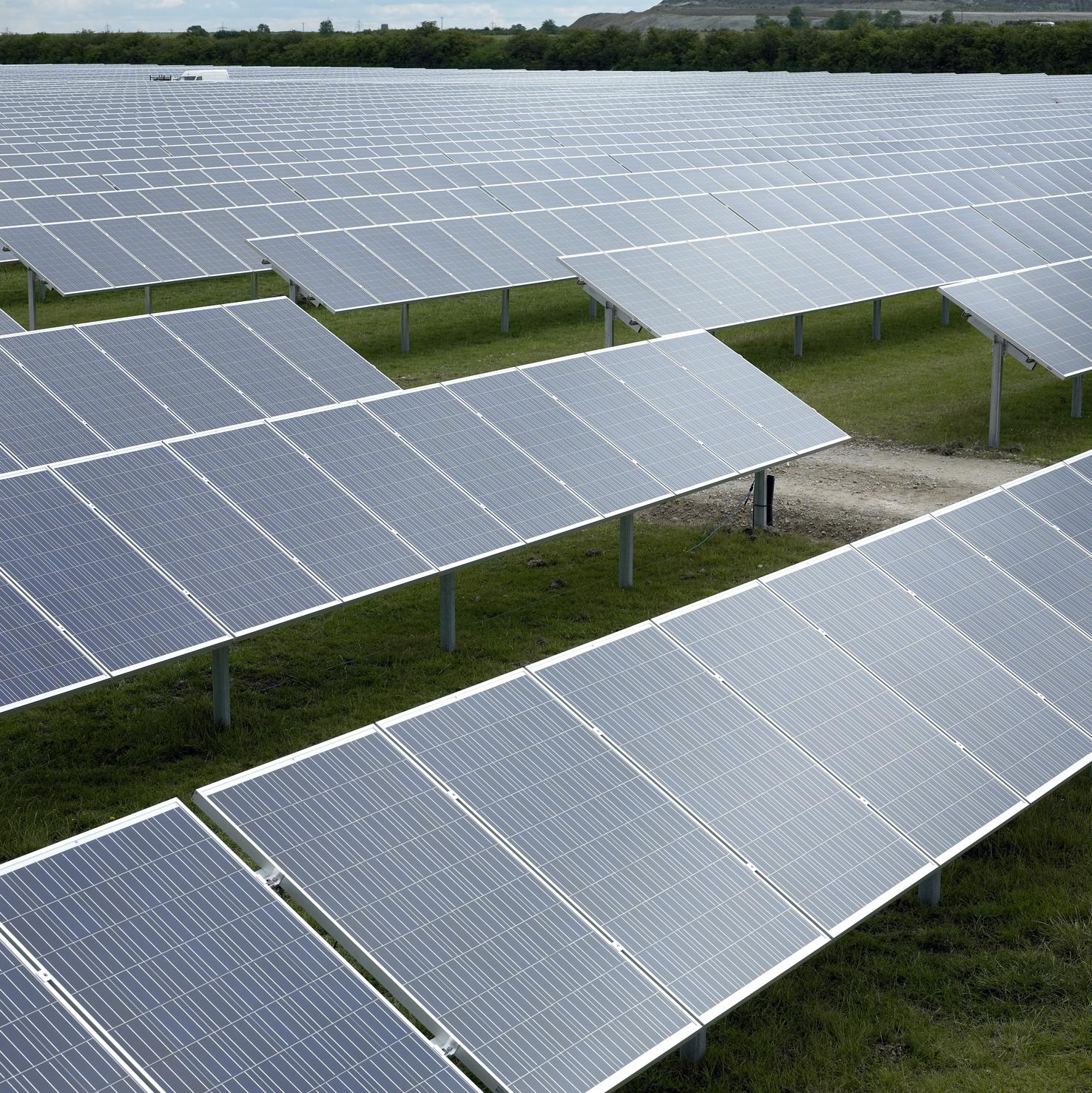 """Conergy finaliza la construcción del mayor parque fotovoltaico del Reino Unido  """"Instalación en tiempo record"""": 5 MW construidos en solo seis semanas"""