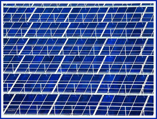 Las asociaciones del sector de placas solares hablan de 'filtración interesada'