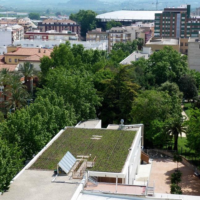 Un estudio de la Escuela de Agrónomos y la empresa Projar revela que las cubiertas verdes pueden reducir hasta un 50 % el consumo energético