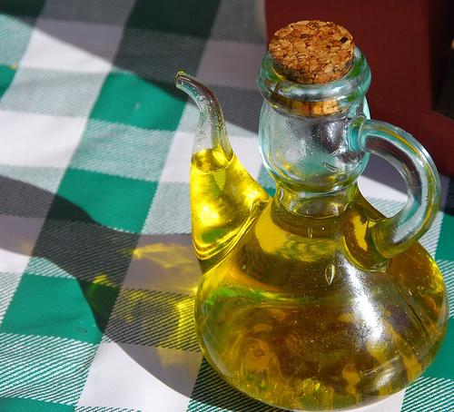 Ortuella se suma al reciclaje de aceite doméstico usado