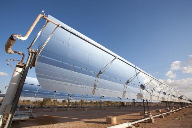 Protermosolar avisa de que la tasa a las renovables 'arrasara' la industria termosolar