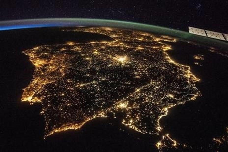 Los niveles de contaminación lumínica podrían duplicarse en pocos años si se ignora su color