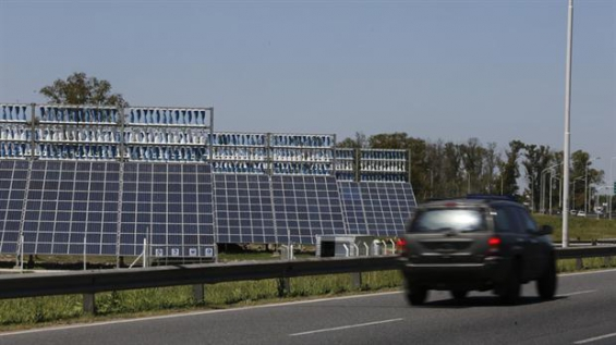 Argentina: Las autopistas porteñas instalarán paneles fotovoltaicos en las estaciones de peaje