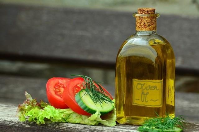 Diez alimentos que protegen el cerebro a lo largo de la vida