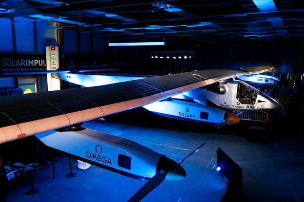 Solar Impulse 2, el primer avión solar que dará la vuelta al mundo en 2015