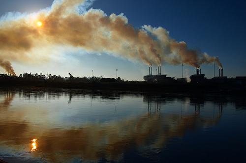 Greenpeace propone a los Gobierno medidas para alcanzar reducciones de CO2 recomendadas por los científicos