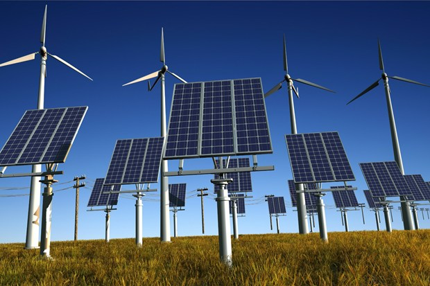 Andalucía apoyará las renovables frente a los 'planes erráticos' del Gobierno de España