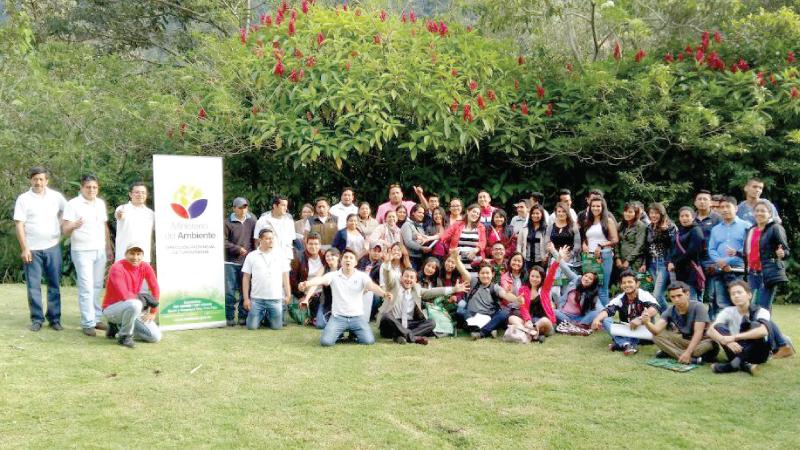 200 jóvenes plantean propuestas en Seminario Internacional sobre Biodiversidad