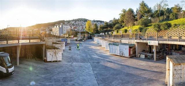 La metrópolis de Barcelona reivindica la reutilización de residuos y el uso de los Puntos Verdes