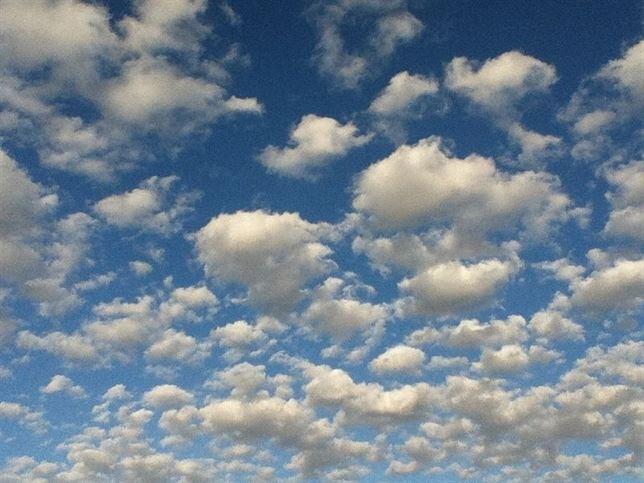 Crear nubes más brillantes con geoingeniería eficiente para combatir el cambio climático