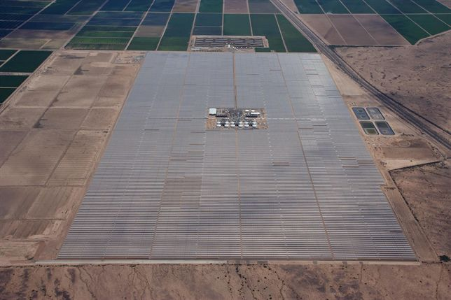 La planta termosolar de Abengoa en Arizona, premiada por su excelencia medioambiental