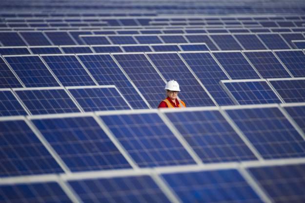 La CNMC fulmina la 'Marca España' y 'ningunea' a las familias españolas productoras de energía fotovoltaica