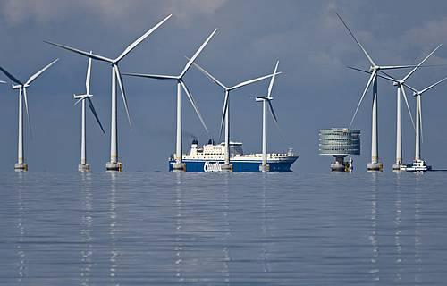 Un concurso para mejorar el acceso a las turbinas de energía eólica marina despierta interés en todo el mundo (RU)