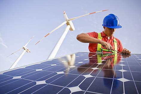 Arias Cañete ¿un comisario en contra de las energías renovables?