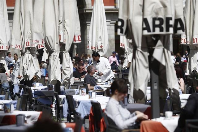 Madrid contempla prohibir las estufas de gas en terrazas porque generan