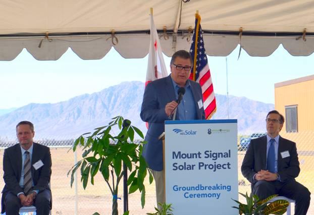 Abengoa finaliza 'Mount Signal Solar' la mayor planta fotovoltaica del mundo