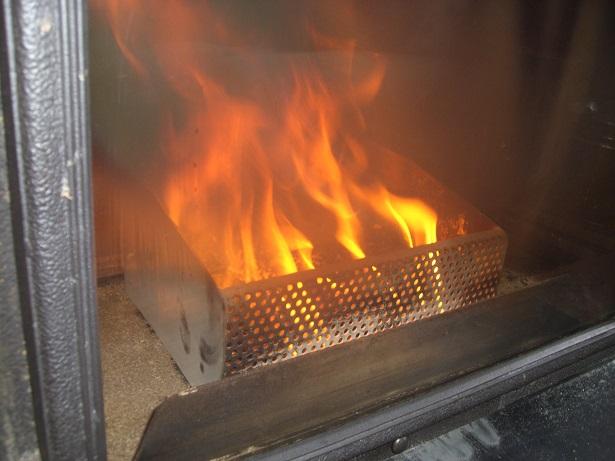 Pellet basket novedad quemar pellets en chimeneas y - Estufa de lena y pellets ...