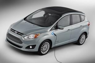 Ford inventa un coche híbrido que funciona con energía solar