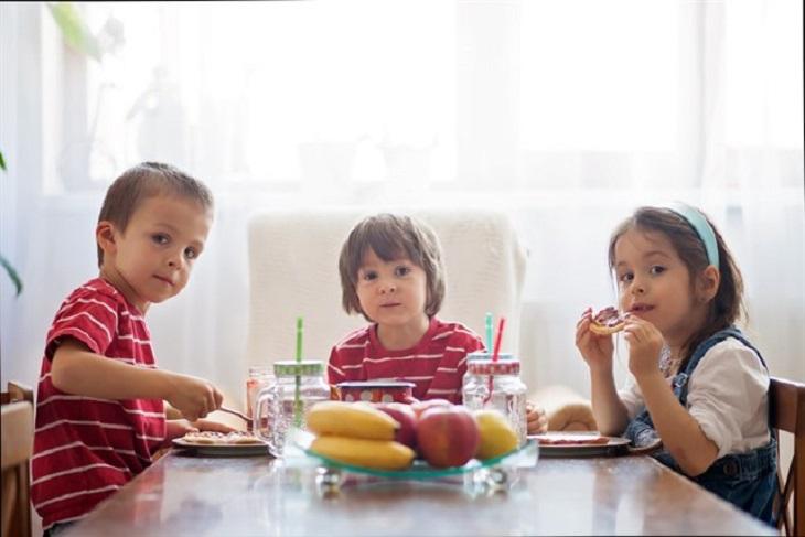 La extraordinaria importancia de que tus hijos pequeños tengan una dieta saludable