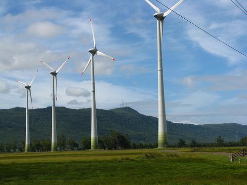 El BNG justifica su oposición a la supresión de primas a energías renovables por 'impedir' el desarrollo eólico gallego