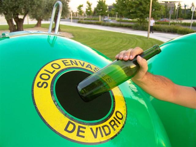 La Rioja es la cuarta región más recicladora de vidrio en España