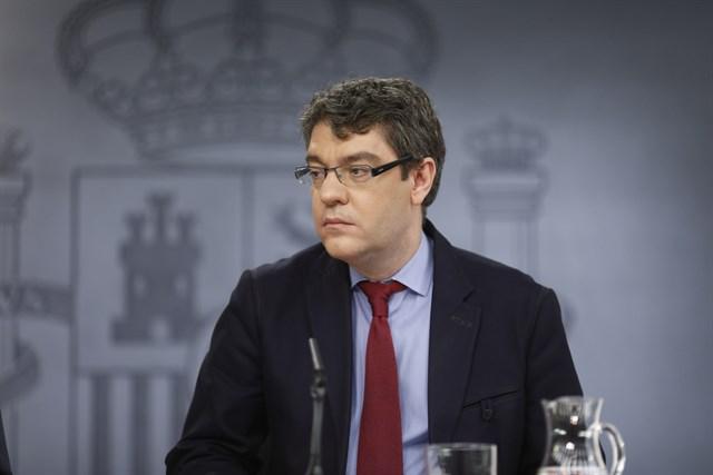El Gobierno aprueba 500 euros de ayuda para la compra de turismos con energías alternativas