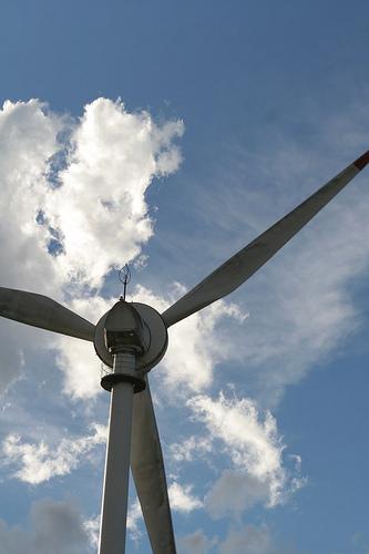 Trabajos de proyecto eólico avanzan 5 por ciento