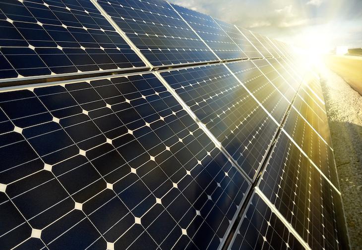 Calviño quiere energía 'barata y limpia'
