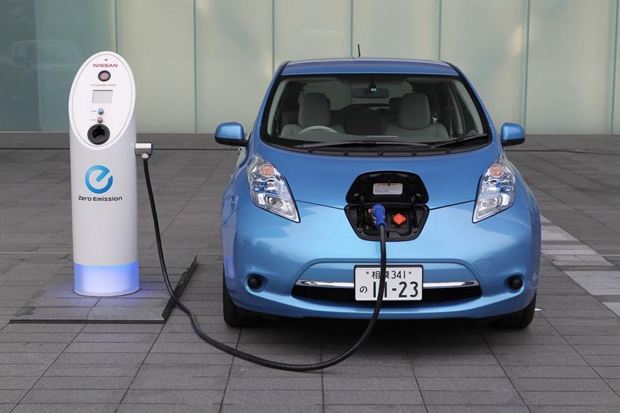 Japón quiere liderar la industria de los coches eléctricos