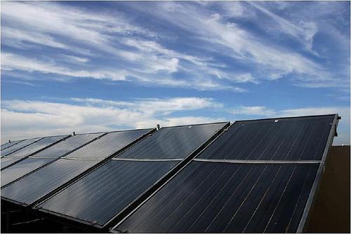 El Gobierno extremeño reivindica un modelo energético bajo en carbono y sostenible