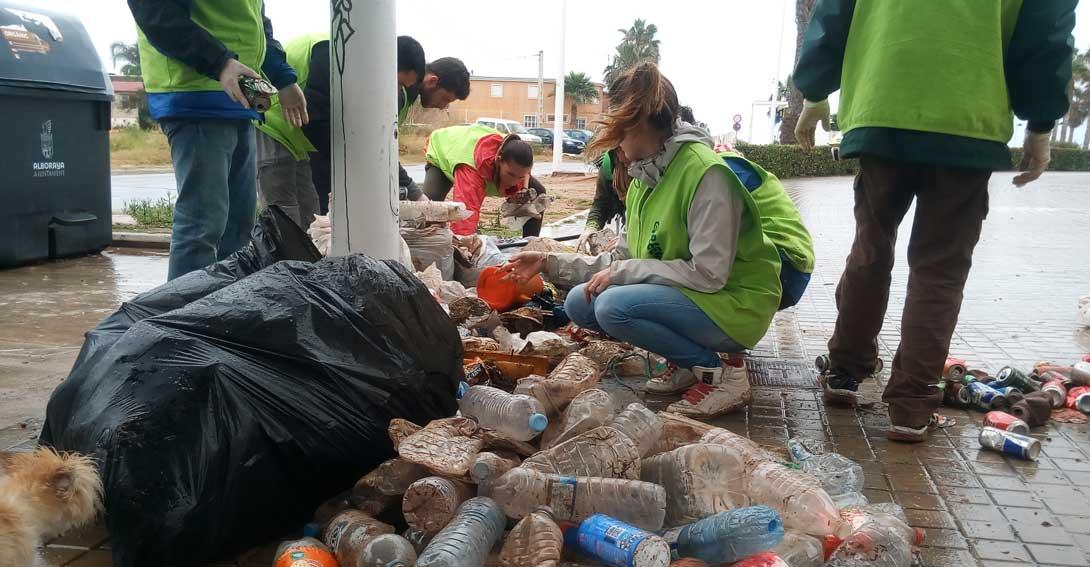 La costa de Valencia será la gran beneficiada con la venta de bebidas con depósito