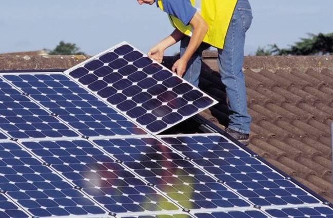 Los fotovoltaicos y su defensa a 'ultranza' del autoconsumo