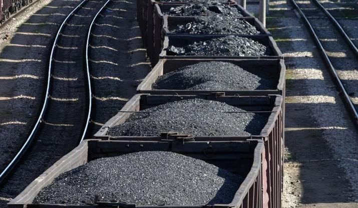 Asturias logra la aprobación de enmiendas para 'armonizar' el papel del carbón con las energías renovables