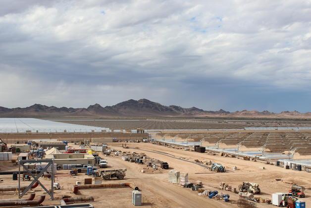 Abengoa alcanza el 80% de la construcción de la mayor instalación solar del mundo