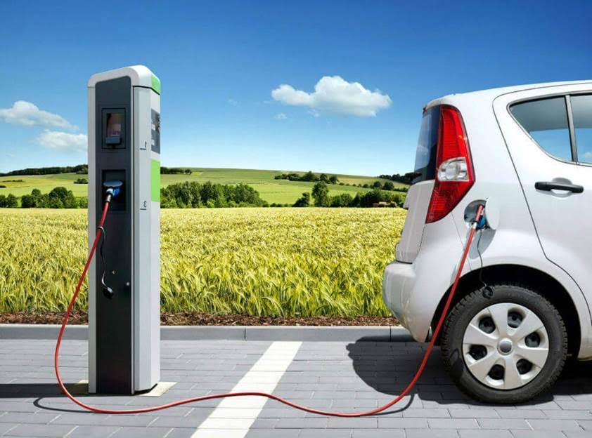 Los murcianos podrán recibir hasta 20.000 euros para la compra de un vehículo eléctrico