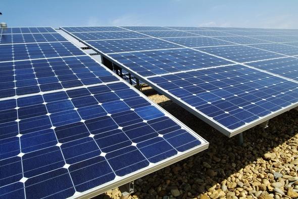 La Universidad Politécnica de Madrid y la energía solar fotovoltaica