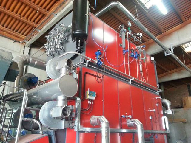 Cambio de gasoil por restos de poda para producir vapor en Piensos Yak (Lleida)